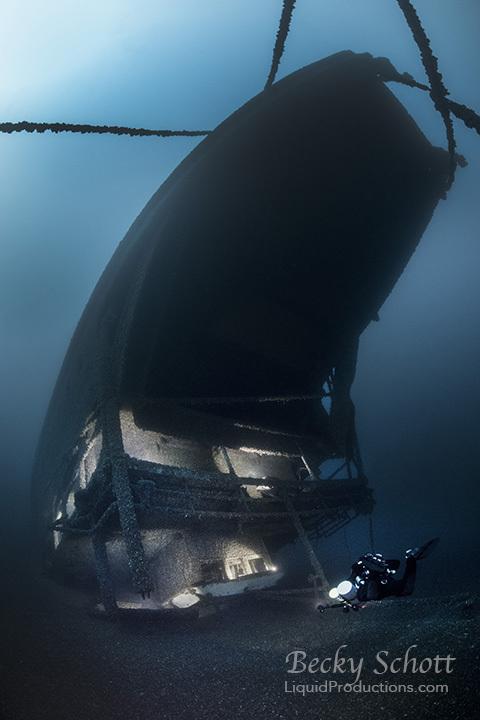 underwater ship wreck diver